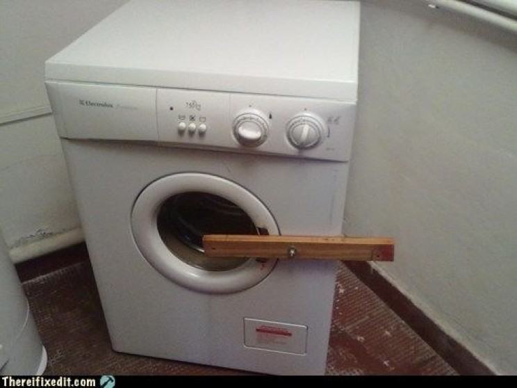 15 Terrible Yet Resourceful Appliance Repair Fails