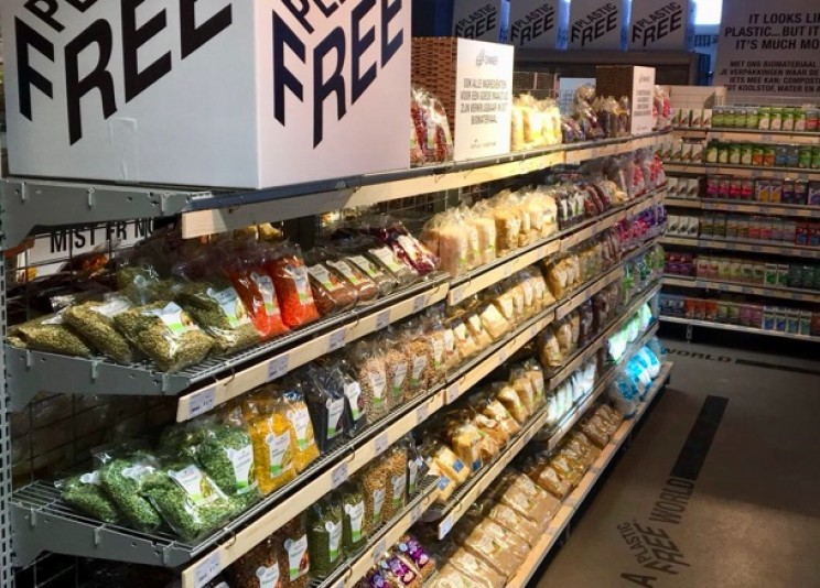 Amsterdam Now Has the World's First Plastic-Free Supermarket Aisle