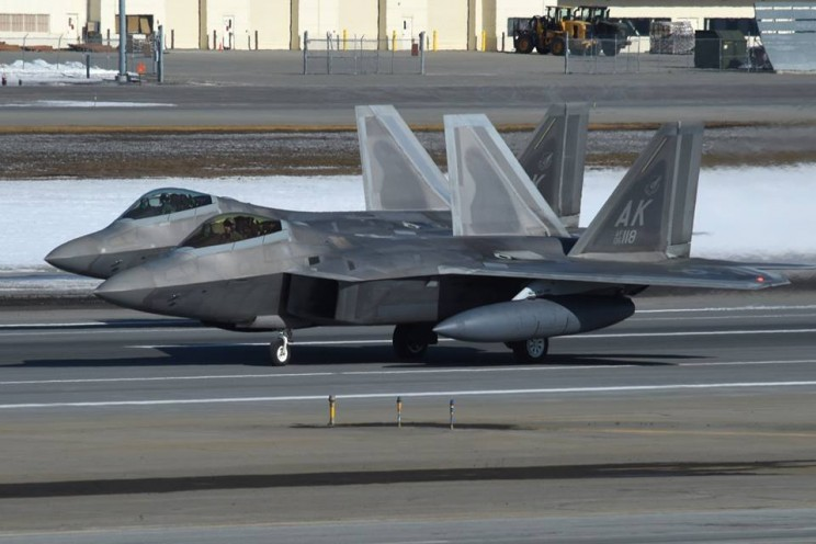 United States Show Off Impressive Air Power with Its Fleet of F22s