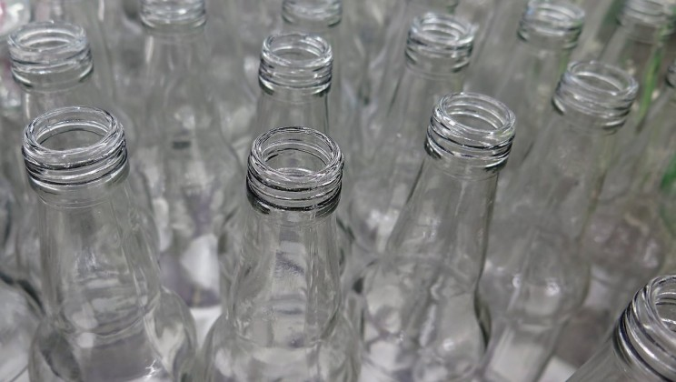 The Engineering Behind the Modern Glass Bottle