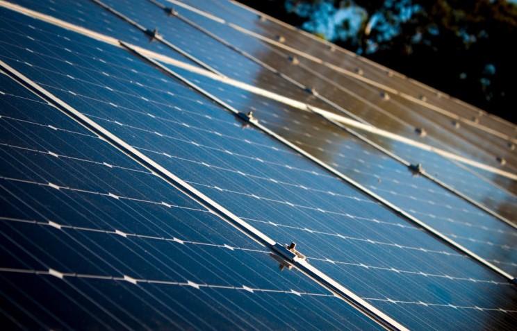 Saudi Arabia and SoftBank Announce $200B Deal to Build World's Largest Solar Power Development