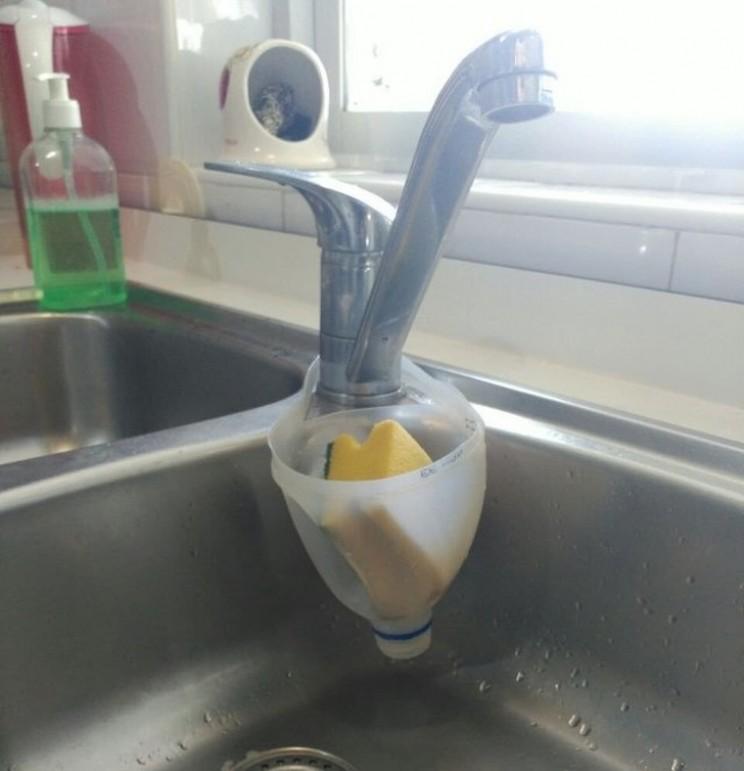 sponge holder life hack