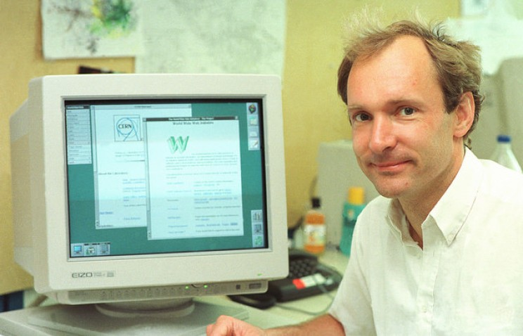 A Brief History of the Web: From 17th Century Computers to Today's Digital Empires