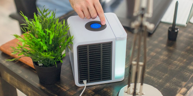 This Portable Air Conditioner Doubles as a Humidifier