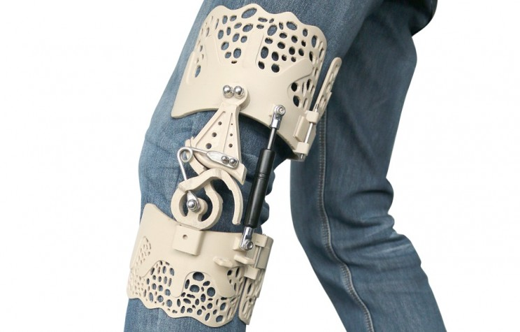 This 3D-Printed Exoskeleton Brace Aids People with Knee Disabilities