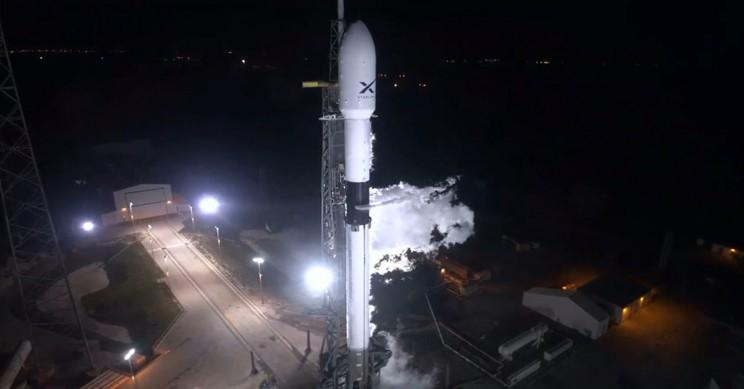 Falcon 9 Pre-Lift-Off