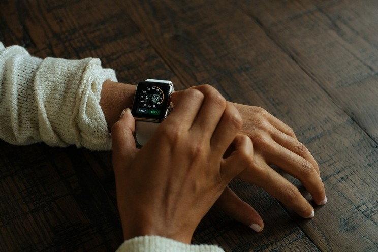 Apple Watch's Heart Rate App Saves Yet Another Life