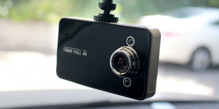 This Affordable HD Dash Cam Is A Must-Have For Responsible Drivers