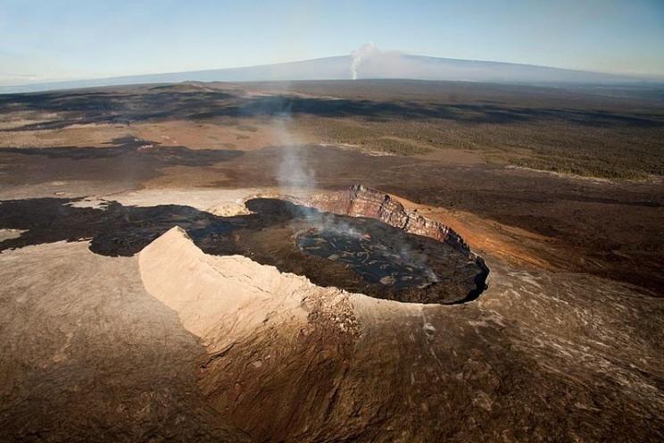 Hawaii's Massive Volcano Eruption Has No End in Sight
