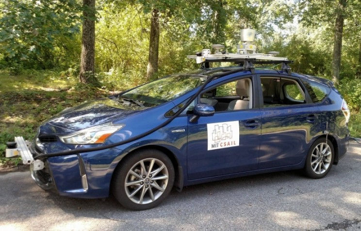 New System Could Let Self-Driving Cars Safely Navigate Unmapped Roads