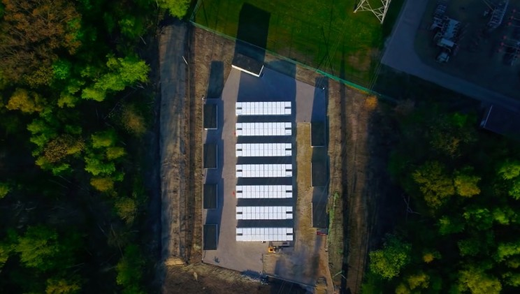 Tesla's Latest Project With 140 Powerpacks Goes Live in Belgium