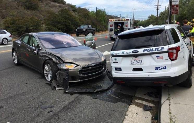 Tesla Model S Hits Parked Police Car; Driver Blames Autopilot