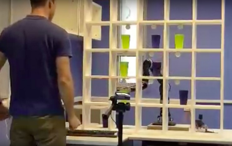 This Robotic Arm Plays Tic Tac Toe With Rehabilitation Patients