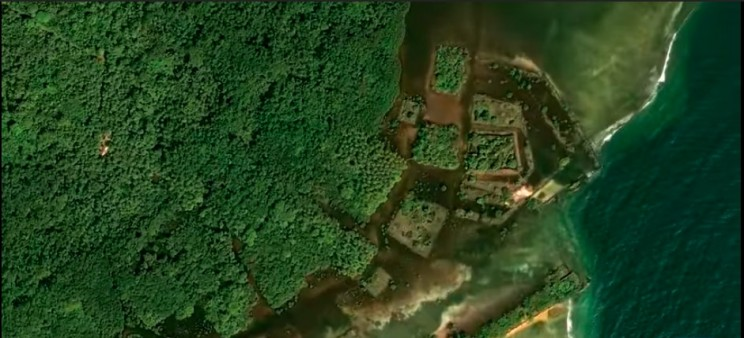 "New Satellite Images Reveal a Lost ""Floating"" City 4,000 Kilometers from Los Angeles"
