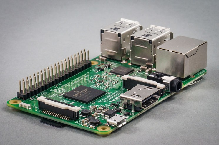 Raspberry Pi and Arduino: What's the Difference and Which Is
