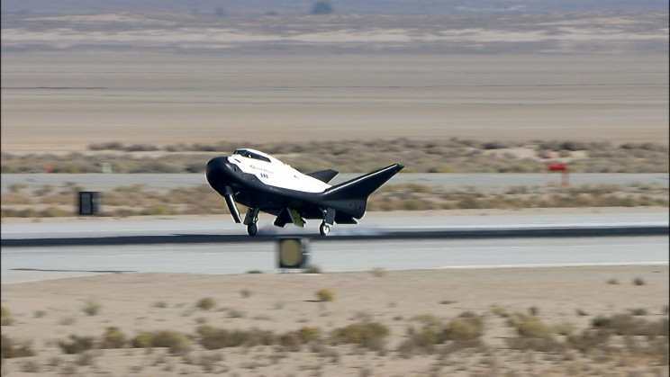 The Dream Chaser Space Plane Just Successfully Completed A Flight Test