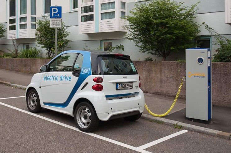 US to Cut $7,500 Electric Vehicle Tax Credit, Just Before New Tesla and Chevy Models Rollout
