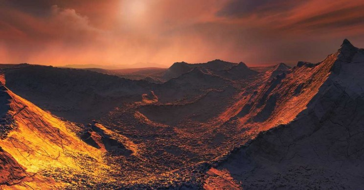 Super-Earth Discovered Orbiting Closest Single Star to the Sun