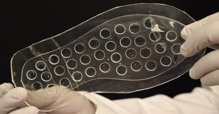 Helpful Shoe Insole Heals Ulcers as On-the-Go Diabetes Patients Walk