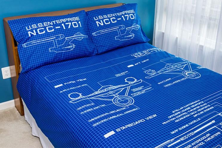 Get a good night sleep safe under this StarTrek duvet