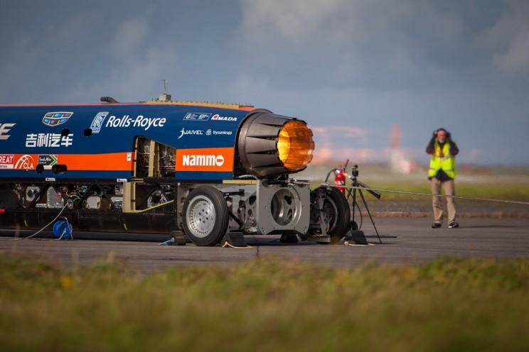 Bloodhound SSC Reaches 210 MPH in Its First Public Test Before 1,000 MPH Land Speed Record Attempt