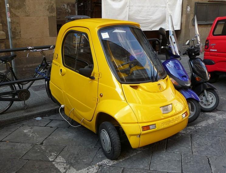 World's smallest cars Pasquali Riscio