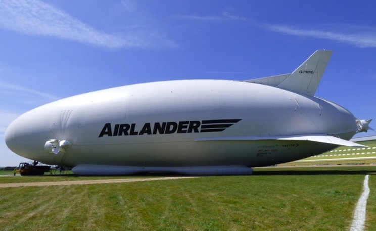You Can Spend Your Holidays in the Clouds with This Airlander