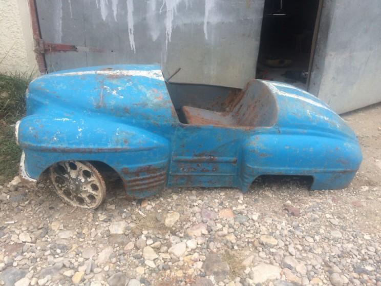 Old Russian Pedal Cars Undergo Brilliant Restoration