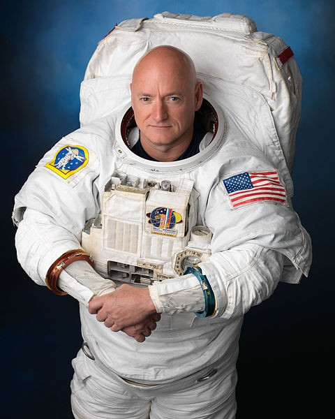 Astronaut Scott Kelly Who Spent a Year in Space Urges Us to Take Elon Musk's Mars Mission Seriously
