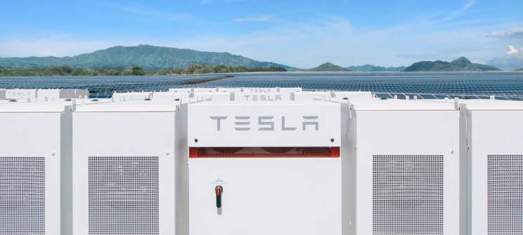 Elon Musk Says Tesla Is Halfway Done with Building the Largest Battery in the World