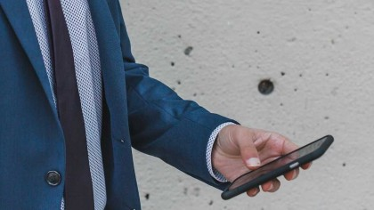 It Turns Out Cell Phones Do Give You Cancer if You Are Male, Finds Study