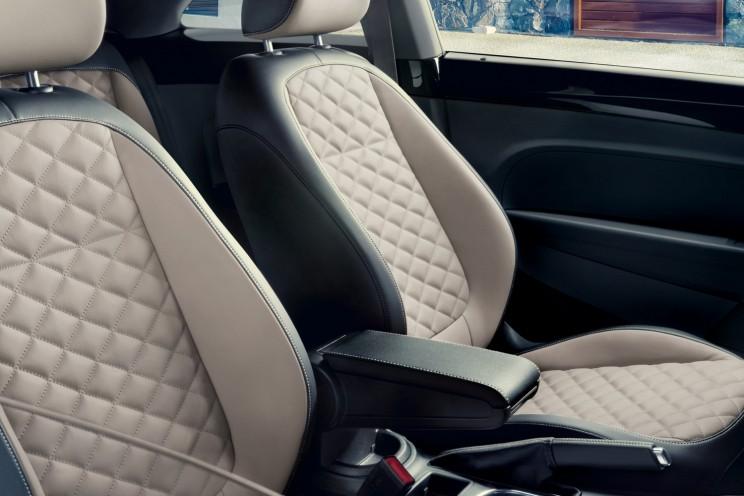 final 2019 Beetle interior seats VW