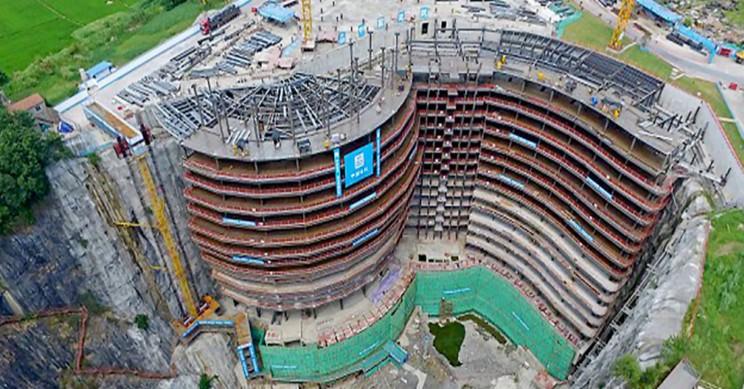 world's first underground hotel construction