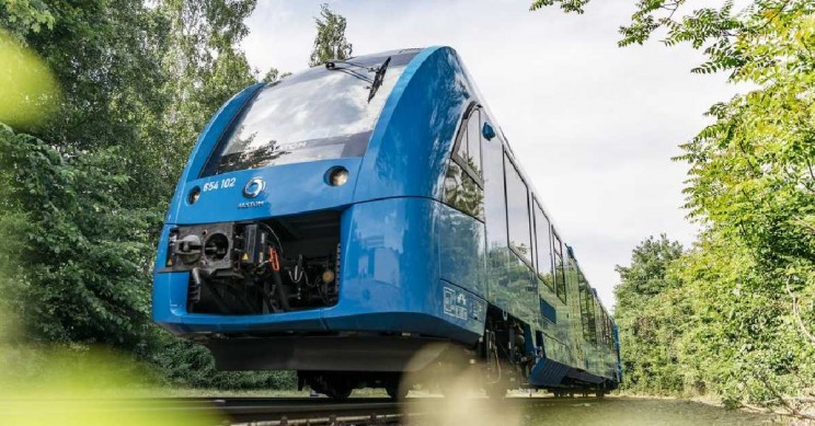 World's First Emissions-Free Hydrogen Fuel Train Launches in Germany