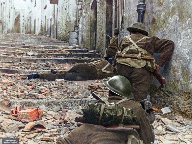 Canadian Infantrymen Advance Cautiously Up A Narrow Lane In Campochiaro, Italy, On Nov. 11, 1943.