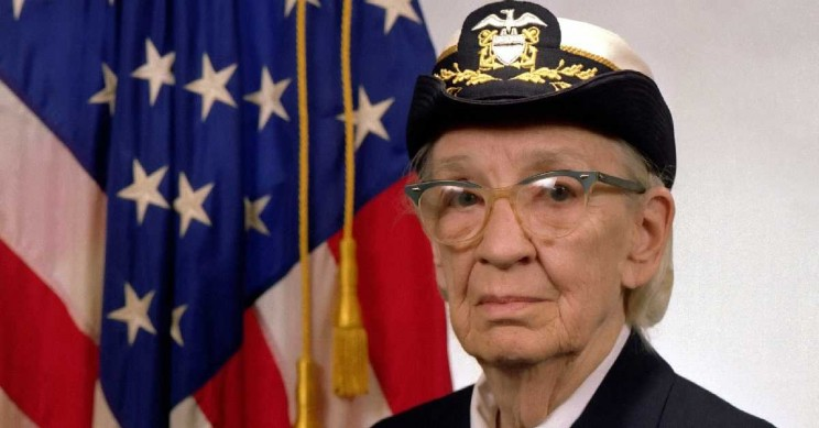 The Extraordinary Life of the 'Queen of Code': A Grace Hopper Biography