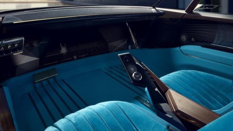 Peugeot e-Legend Concept Interiors