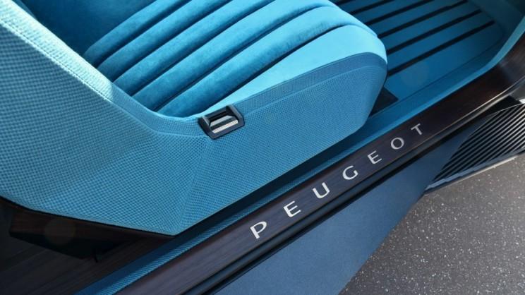 Peugeot e-Legend Interiors