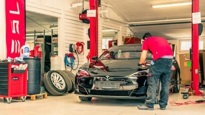 Elon Musk Tweets Tesla Will Soon Perform Collision Repairs In-House