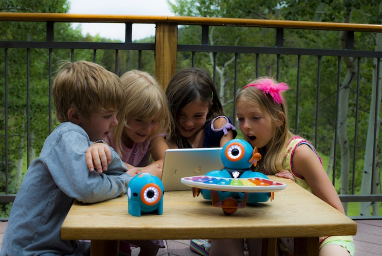 Research Says Kids Will Be BFFs With Robots In the Future