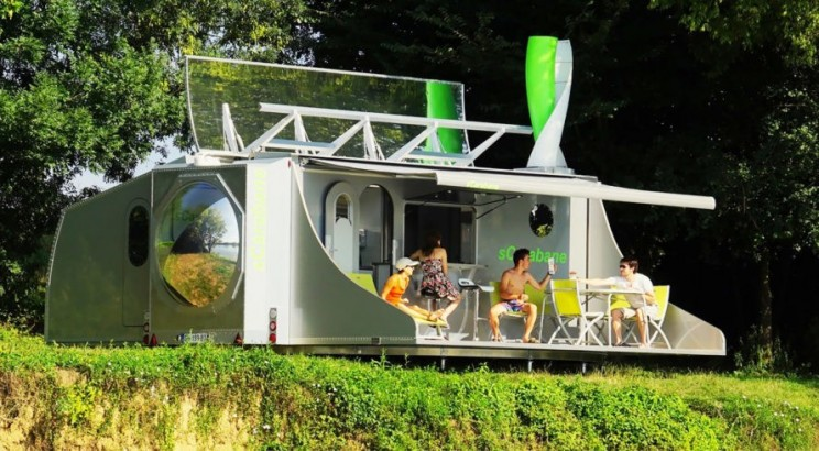 This Super Caravan is Powered by the Sun and Wind