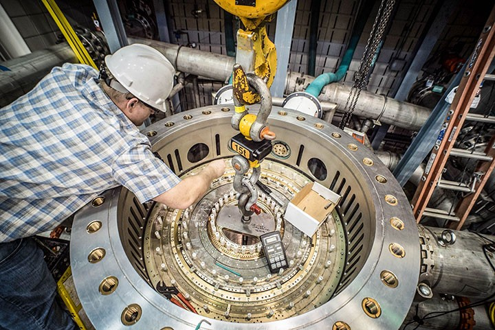 Scientists Set Incredible New Record for World's Strongest Resistive Magnet
