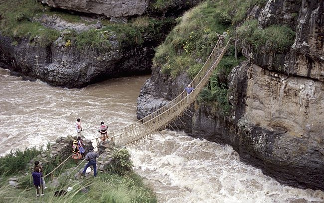 This Incan Suspension Bridge Made of Grass Is Rebuilt by Hand Every Single Year