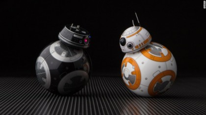 This New Droid Has Star Wars Fans Freaking Out