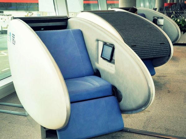 sleep-pods-in-abu-dhabi-airport