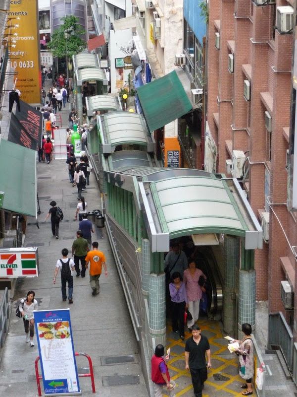 central-mid-levels-escalator-8[6]