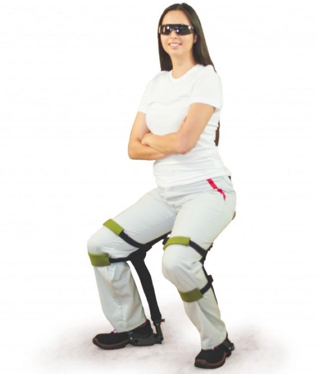 chairlesschair-0