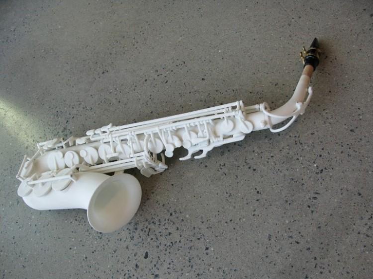 odd-3d-printed-saxophone-1