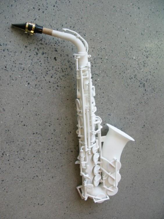 odd-3d-printed-saxophone-3