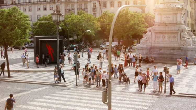 smart-dancing-traffic-light-3